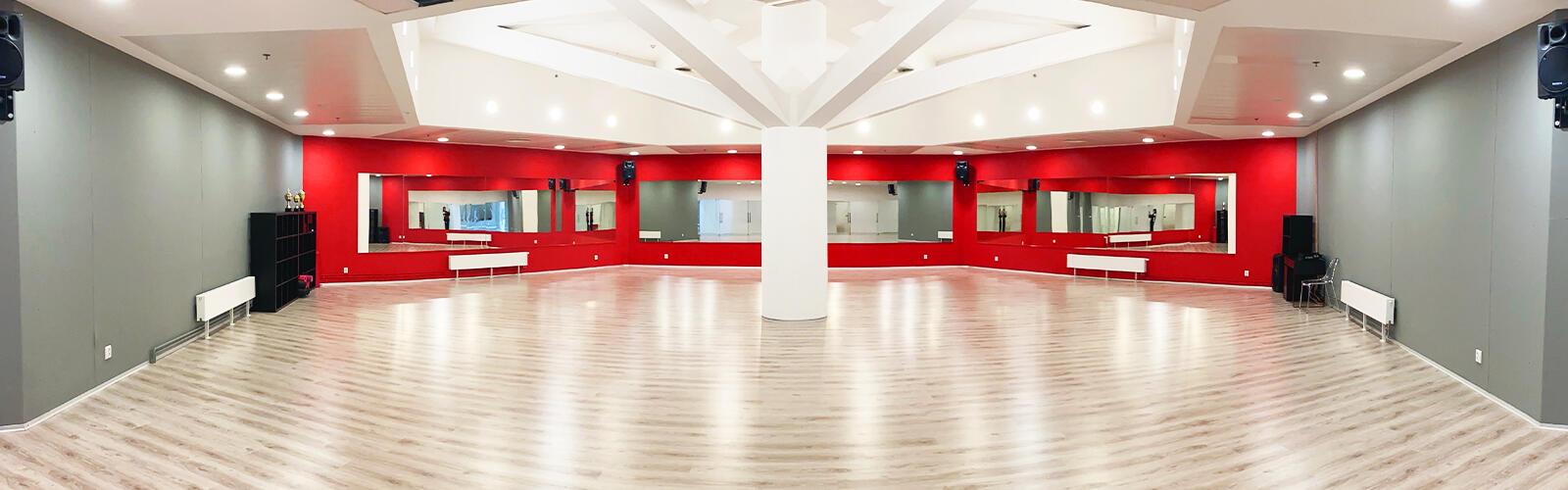 Taneční klub v OD Kotva