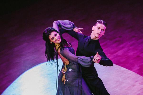 Předtančení standardní a latinskoamerické tance COOL DANCE Praha Mlaád Boleslav Písek