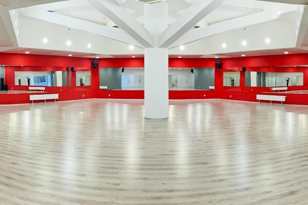 Pronájem tanečního studia COOL DANCE Praha OD Kotva