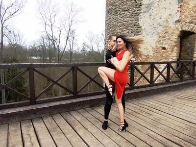 Salsa & Bachata Bakov nad Jizerou Zámek Zvířetice Taneční škola studio COOL DANCE