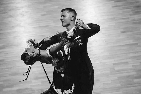 Taneční škola COOL DANCE Vít Domorád show, ukázky na ples
